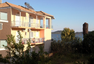 Perigiali-Apartments close to the sea-01.jpg